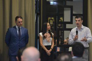 д-р Бойко Таков (вляво), изпълнителен директор на ИАНМСП, Радослава Масларска, председател на БАЛИП, и Иван Такев, изпълнителен директор на БФБ.